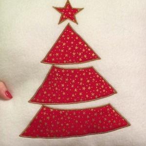 Karácsonyi mintás párna, Karácsony, Ünnepi dekoráció, Dekoráció, Otthon & lakás, Lakberendezés, Lakástextil, Párna, Varrás, Puha karácsonyi mintás párna.\nméretei,37,37cm\n\nAlergia mentes szilikonizált poliészter töltettel van..., Meska