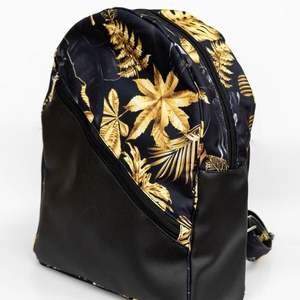 Egyedi hátitáska - fekete alapon arany levelekkel, Táska & Tok, Hátizsák, Hátizsák, Varrás, Meska