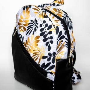 Egyedi hátitáska - fehér alapon fekete és arany levelekkel - táska & tok - hátizsák - hátizsák - Meska.hu
