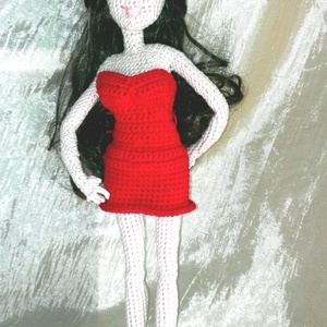Violetta baba, Gyerek & játék, Játék, Baba, babaház, Otthon & lakás, Hímzés, Horgolás, Violetta baba 33 cm magas, picit magasabb mint egy Barbie baba. Testében drót váz van ezért kicsi gy..., Meska