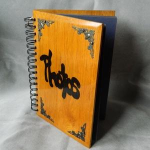 Fotóalbum , Album & Fotóalbum, Papír írószer, Otthon & Lakás, Famegmunkálás, Tömör tölgyfából  fából készült könyv.  A 5 méretben. \nHagyományos módon lehet fényképeket beleragas..., Meska