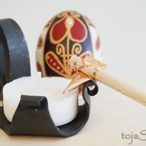 Íróka (gica, kandé, kesice) - hímes tojás készítéséhez, Húsvéti díszek, Ünnepi dekoráció, Dekoráció, Otthon & lakás, Egyéb, Csináld magad leírások, Fémmegmunkálás, Famegmunkálás, Hímes tojás írására használható íróka, rézlemezből hajlított. Vékonyan ír, a minták megrajzolásához ..., Meska