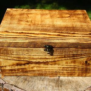 """Doboz, rusztikus faládikó, Otthon & lakás, Lakberendezés, Tárolóeszköz, Doboz, """"Vintage"""" stílusú kis fa ládikó.  A fa textúrája a speciális felületkezelésnek köszönhetően térben k..., Meska"""