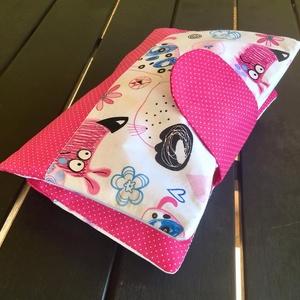 Pink kutyusok- Pelenkázó neszeszer , pelenkázó táska, Pelenkatáska, Táska & Tok, Varrás, Patchwork, foltvarrás, Pelenka táska, pelenkázó neszeszer, mini pelusozó.\n\n \nEbbe a pénztárcához hasonlító tartóba belefér ..., Meska