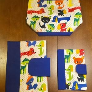 Kék állatos-3 db-os Babalátogató ajándék csomag, Babalátogató ajándékcsomag, Játék & Gyerek, Varrás, Patchwork, foltvarrás, Pelusozó+ eü.kiskönyvboritó+ asztali tároló- 3 db-os szett\n\n \n\nA szett tartalma 1 db pelenkázó nesze..., Meska