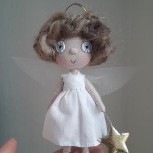 Karácsonyi tündér kézműves baba ajándék dekoráció vagy játék, Karácsony & Mikulás, Baba-és bábkészítés, Egyedi készítésű dekorációs baba, ajándék vagy játék. A baba alapja drótváz, végtagjai mozgathatóak...., Meska