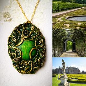 Smaragd fantasy amulett, Ékszer, Nyaklánc, Medálos nyaklánc, Ékszerkészítés, Igazi egyedi ajándék álmodozóknak. A fantasy stílusú ékszer kiváló LARP, vagy történelmi  kosztümökh..., Meska