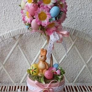 Húsvéti tojásfa, asztali dísz, dekoráció, Otthon & Lakás, Dekoráció, Ajtódísz & Kopogtató, Mindenmás, Virágkötés, Kerámia kaspóban,virágokkal, tojásokkal és egy cuki kis kerámia nyuszival díszített asztali dísz, to..., Meska