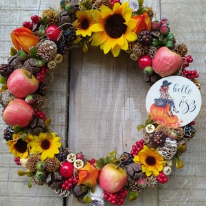 """Őszi kopogtató, ajtódísz, Otthon & lakás, Dekoráció, Dísz, Lakberendezés, Ajtódísz, kopogtató, Koszorú, Virágkötés, Mindenmás, 25 cm-es szalma alapra építettem a kopogtatót, melyhez sokféle termést és virágot használtam.\nA \""""Hel..., Meska"""