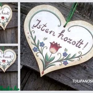 Szív tábla fehér alapon tulipános,nefelejcses mintával (tulipanoskata) - Meska.hu