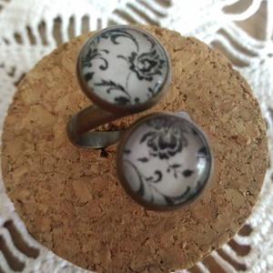 Indamintás gyűrű, Többköves gyűrű, Gyűrű, Ékszer, Ékszerkészítés, Kedvenc indamintás lapocskámmal díszítettem egy egyszerű vonalvezetésű, antikolt, sárgarézszínű gyűr..., Meska