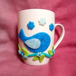 Madaras virágos madár mintás bögre gyurma díszítéssel , Bögre & Csésze, Konyhafelszerelés, Otthon & Lakás, Gyurma, Mindenmás, Süthető ékszer gyurmából kézzel formázott madár figurával díszített bögre. \nA képen látható, egy kor..., Meska