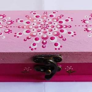 Tolltaró , Otthon & Lakás, Papír írószer, Tolltartó & Ceruzatekercs, Festett tárgyak, Pontozó technikával készült fa alapú tolltaró mandala díszítéssel a rózsaszín kedvelőinek. Lakkréteg..., Meska