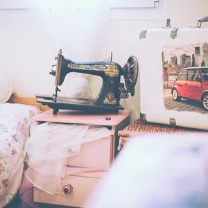 Mini Cooper Bőrönd, Bőrönd, Bőrönd & utazás, Táska & Tok, Decoupage, transzfer és szalvétatechnika, Festett tárgyak, Mit szólsz egy úthoz Angliába? Az Aston Martin és Mini Cooper hazájába egy Minis bőrönddel? Indulhat..., Meska