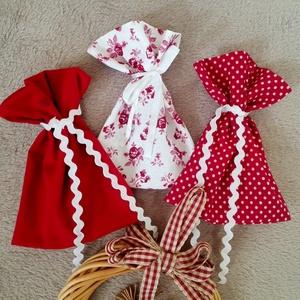 3 ajándékos zacskó, Karácsonyi csomagolás, Karácsony & Mikulás, Varrás, 3 db ajándékos zacskó, bordó színekben.\nKörnyezetbarát csomagolás, ami később is használható.\n\nMéret..., Meska