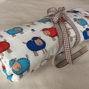 bárányos takaró, Játék & Gyerek, 3 éves kor alattiaknak, Varrás, ~95* 65-es kétrétegű takaró. A felső rész 100 % pamut anyag, az alsó finom puha hófehér fleece...., Meska
