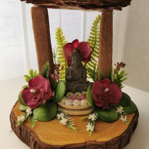 Egy falat nyugalom és Zen, Otthon & Lakás, Dekoráció, Dísztárgy, Virágkötés, Egy faszelet az alapja ennek a Buddhás dísznek. Szürke polirezin Buddha figura került a központba, k..., Meska
