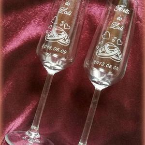Eljegyzés, esküvő- pezsgős pohár, Esküvő, Konyhafelszerelés, Otthon & lakás, Bögre, csésze, Nászajándék, Gravírozás, pirográfia, Kézzel gravírozott poharak.  Esküvőre, eljegyzésre szép ajándék lehet.\nA kiírt ár 1 párra  vonatkozi..., Meska