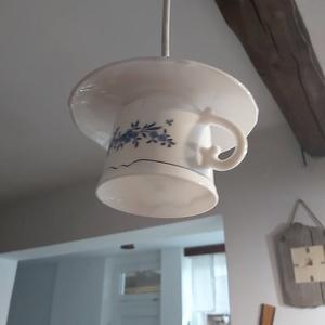 Vintage lámpa, Otthon & Lakás, Lámpa, Fali & Mennyezeti lámpa, Kerámia, A fehér szín szerelmeseinek ajánljuk újrahasznosított, teás csészéből készült lámpánkat...., Meska