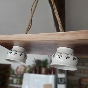 Vintage lámpa, Otthon & Lakás, Lámpa, Fali & Mennyezeti lámpa, Famegmunkálás, Egyedi, újrahasznosítás jegyében készült fali lámpát kínálunk Neked, hogy díszítse otthonod. Teás cs..., Meska