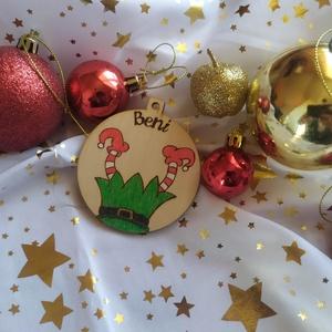 Manós karácsonyfadísz fából (névre szóló), Otthon & Lakás, Karácsony & Mikulás, Karácsonyfadísz, Gravírozás, pirográfia, Pirográf technikával és színezéssel díszített fa karácsonyfadísz, szabad kézzel készült rajzzal. Ajá..., Meska