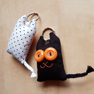 Szerelmes cicák - 2db textil kulcstartó egy csomagban (uhuesbaratai) - Meska.hu