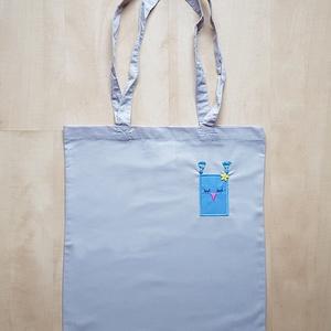 Világosszürke hosszúfülű szatyor kék bagollyal, Táska & Tok, Bevásárlás & Shopper táska, Shopper, textiltáska, szatyor, Varrás, Meska