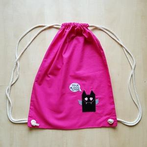 Pink tornazsák szerelmes denevérrel, Gymbag, Hátizsák, Táska & Tok, Hímzés, Varrás, Ha kisebb bevásárlásra vagy strandra készülsz, vigyél magaddal egy vagány, csajos pamut hátizsákot, ..., Meska