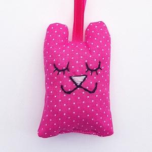 Pink pöttyös maci levendulapárna, Illatzsák, Dekoráció, Otthon & Lakás, Varrás, Hímzés, A molyok garantáltan távol maradnak a gardróbtól, ha egy levendulával töltött Medve vigyáz a ruhákra..., Meska
