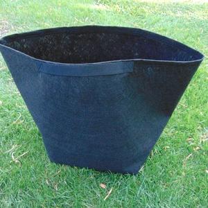 4 db ültető zsák Bcontrol részére, fekete füllel 45 cm átmérőjű- 45 cm magas/ , tök, uborka, saláta, stb. termesztéséhez, Otthon & Lakás, Ház & Kert, Növény & Veteményes, Varrás, Ültetőzsák, teraszra, balkonra, kis méretű kertekbe. \nAlkalmas paradicsom, tök, cukkini, padlizsán, ..., Meska