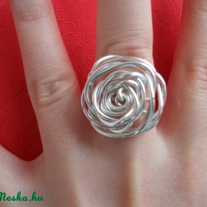 Rózsa gyűrű - drótékszer, Ékszer, Statement gyűrű, Gyűrű, Ékszerkészítés, Fémmegmunkálás, Meska