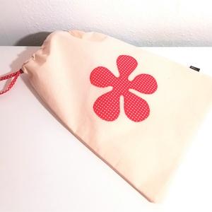 Kenyértartó zsák (piros pöttyös), Élelmiszer, Ajándék gasztro kosár, Varrás, Ez a kétrétegű, virág mintával díszített zsák frissen tartja a finom pékárut.\nKívül 100% pamutvászon..., Meska