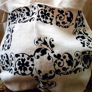Népi vászon táska, Táska, Divat & Szépség, Táska, Festészet, Szövés, Natúr alapon fekete népi mintával  házi szöttes vászon táska,válltáska .\nKézzel készített : festett...., Meska