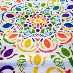 Mandala vászon díszpárna, Otthon & lakás, Dekoráció, Lakberendezés, Lakástextil, Festett tárgyak, Szövés, Hàziszőttes vászon  kézzel festett,ill kézzel vart.  \nAnyaga :kender,len.\nTöbbféle színben változatb..., Meska