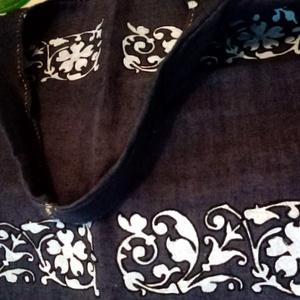 Farmer hatású vászon táska, Táska, Divat & Szépség, Táska, Festészet, Szövés, Kék alapon fehér népi mintával ,pöttyel házi szöttes vászon táska,válltáska .\nKézzel készített : fes..., Meska