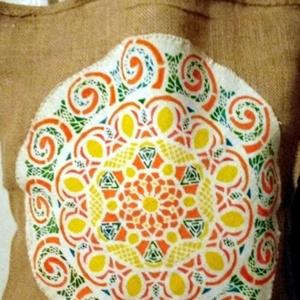 Mandala vászon táska, Táska, Divat & Szépség, Táska, Festészet, Szövés, Mandala motívum energiával feltöltött natur  alapon házi szöttes vászon.\nKézzel készített : festett...., Meska