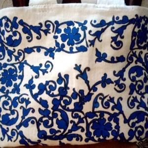 Népi vászon táska, Táska, Divat & Szépség, Táska, Festészet, Szövés, Natúr alapon kék népi mintával  házi szöttes vászon táska,válltáska .\nKézzel készített : festett.ill..., Meska