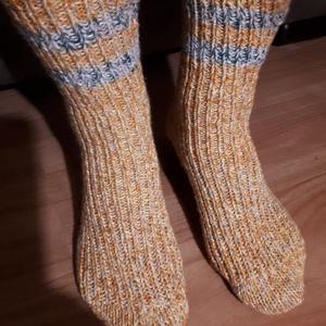Kötött,  meleg  zokni 38-39-es méretben. , Zokni, Cipő & Papucs, Ruha & Divat, Kötés, Eladó a képeken látható, keverék (pamut, akril, gyapjú) fonalból készített meleg zokni. Ajánlom hóta..., Meska
