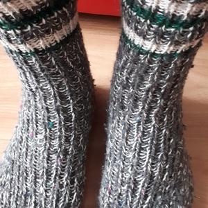 Kötött,  meleg  zokni 46-s méretben. , Zokni, Cipő & Papucs, Ruha & Divat, Kötés, Eladó a képeken látható, keverék (pamut, akril, gyapjú) fonalból készített meleg zokni, 46-s ,31-33c..., Meska