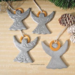 Ezüst angyalok glóriával  -  karácsonyi dísz, dekoráció, ajándékkísérő (uveggyongyjatek) - Meska.hu