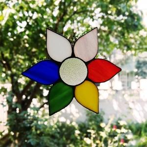 Szivárvány virág-  ólomüveg ablakdísz, Otthon & lakás, Dekoráció, Lakberendezés, Képzőművészet, Dísz, Falikép, Üvegművészet, Vidám, színes dísze lehet ablakunknak. (kis tapadókorongra akasztva lehet fellógatni az ablakra )\n\nA..., Meska