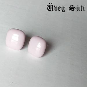 Pasztell rózsaszín  csillogó kocka  fülbevaló üvegékszer ajándék valentìnnapra, Ékszer, Fülbevaló, Pötty fülbevaló, Üvegművészet, Ékszerkészítés, Pasztell rózsaszín  csillogó üveg  felhasználásával készült  a   kocka fülbevaló olvasztásos technik..., Meska