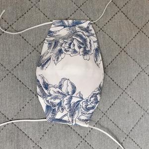 Design maszk, Női, Maszk, Arcmaszk, Varrás, Készítettem maszkot. . Kizárólag pamut anyagból vannak. Fehér alapon kék rajzolt virágos. \nMosható. ..., Meska