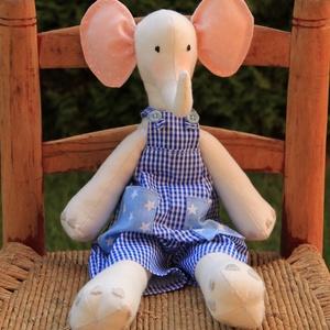 Elefánt fiú - Ábel Eli, Elefánt, Plüssállat & Játékfigura, Játék & Gyerek, Varrás, Baba-és bábkészítés, Részletesen kidolgozott, teljes mértékben kézzel készült egyedi termék, Tilda állatfigurája alapján...., Meska