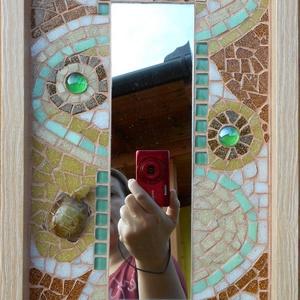 Mozaik tükör, Otthon & lakás, Lakberendezés, Képkeret, tükör, Mozaik, Fa lapra készített mozaik, üvegcsempe, tükör, üveggyöngy  és jade teknős figura felhasználásával.  ..., Meska