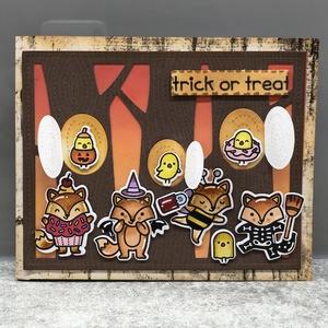 Halloween kézzel készített interaktív képeslap, Művészet, Grafika & Illusztráció, Papírművészet, Kézzel készített interaktív képeslap Halloweenre. A figurákat kézzel bélyegzem és színezem, a hátter..., Meska