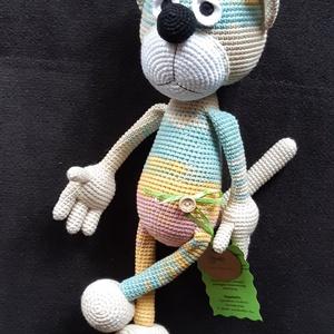 Vicces macska barát, Cica, Plüssállat & Játékfigura, Játék & Gyerek, Horgolás, Gülü szemű macskabarát, színátmenetes fonalból készült, magassága kb. 40 cm. Minőségi fonalból készü..., Meska