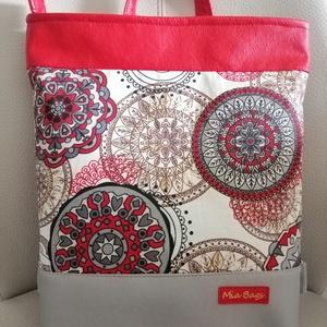 Inda mintás táska , Válltáska, Kézitáska & válltáska, Táska & Tok, Varrás, 2 felé képpen hordható textilbőlböl és vászonból ami megerősített készült ez a csodálatos táska. \nAm..., Meska