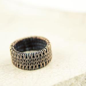kötött mintás unisex vörösréz gyűrű (vanillinum) - Meska.hu