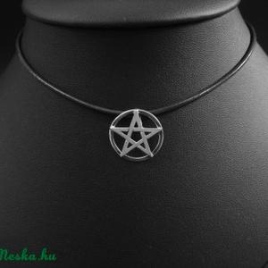 Pentagramma medál ezüstből, Ékszer, Medál, Egyéb, Nyaklánc, Ékszerkészítés, Ötvös,  A PENTAGRAMMA valószínűleg az egyik leggyakrabban használt szimbólum, talán éppen harmonikus formáj..., Meska